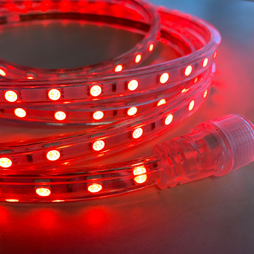 eclairage-ruban-LED-rouge-360Lm